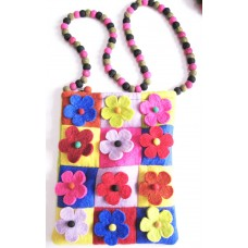 Felt Many Flower Bag With Patch