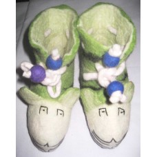 Felt Shoes With Tuna-a