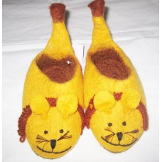 Animal face Simrella felt shoes