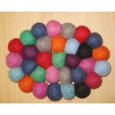 Felt oval balls mat