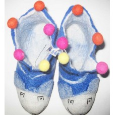 Felt Tiger shoes with Pom-poms-A