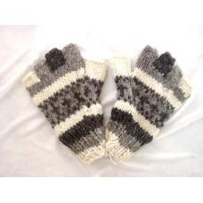 woolen knit Gloves in Half